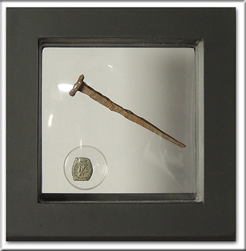 Open High resolution image of Ancient Judaean Widow's Mite and Crucifixion Period Roman Nail in Display Frame -- #BU77984